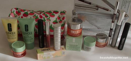clinique makeup bags. 2 make-up bags