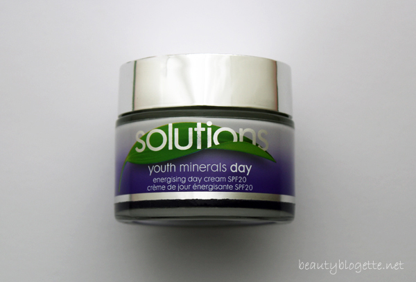 AVON Solutions Youth Minerals Energising Day Cream SPF20