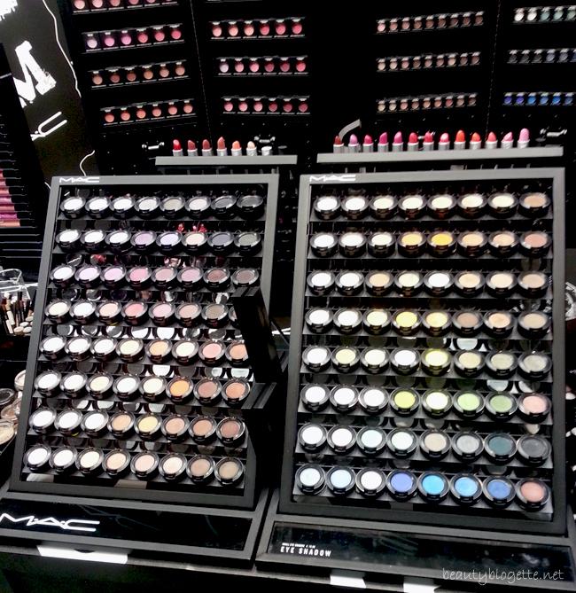 MAC Cosmetics store in Trieste