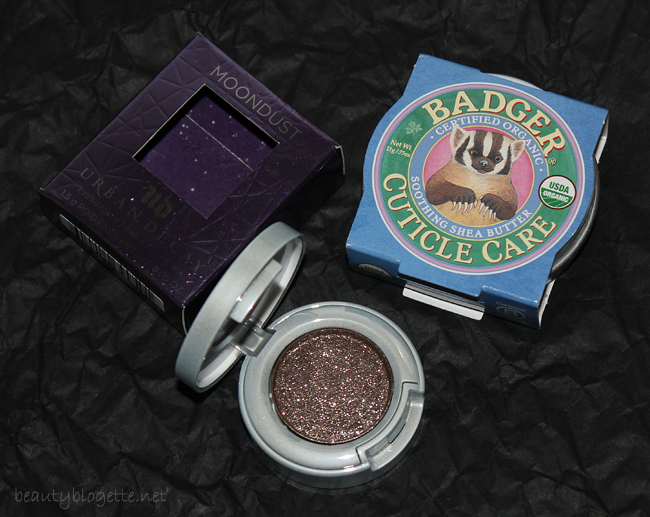 Urban Decay Moondust sjenilo Diamond Dog i Badger Balm Mini Cuticle Care