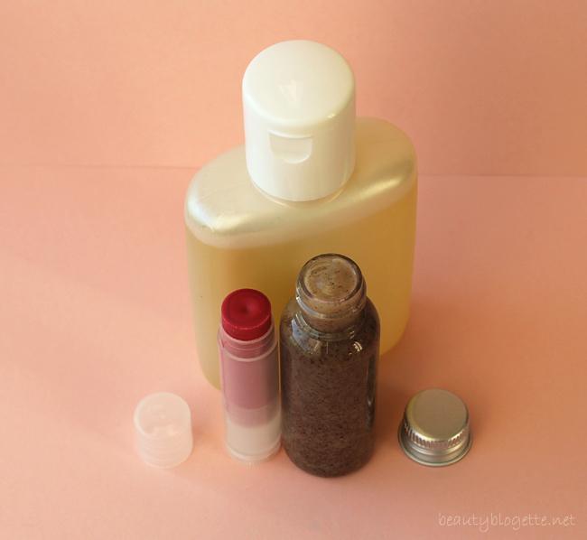 Mea Organica: Piling za lice, Uljna kompozicija za njegu kože & Ruž za usne