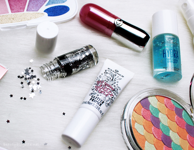 essence proljeće/ljeto 2018. - hydra serum za nokte, get your glitter on! glitter primer 01 transparent & get your glitter on! loose glitteri & pigmenti (01 star child)